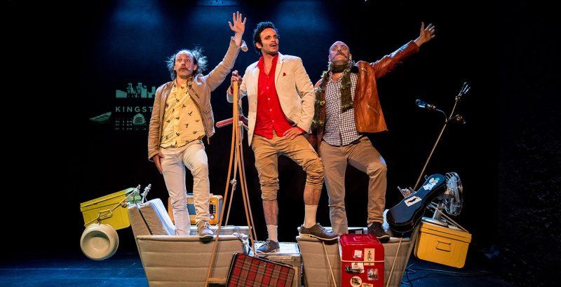 3 hommes dans un bateau-4